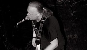 Werner Lindner bei einem Konzert. Foto: Euan Doneghan