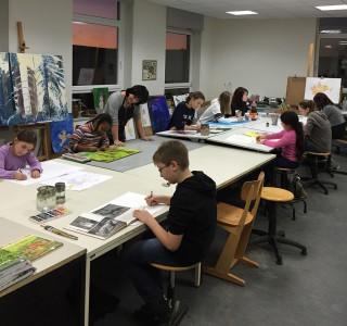 Neben Musik und Tanz werden die Schüler an der Musischen Akademie auch in der Kunst gefördert.