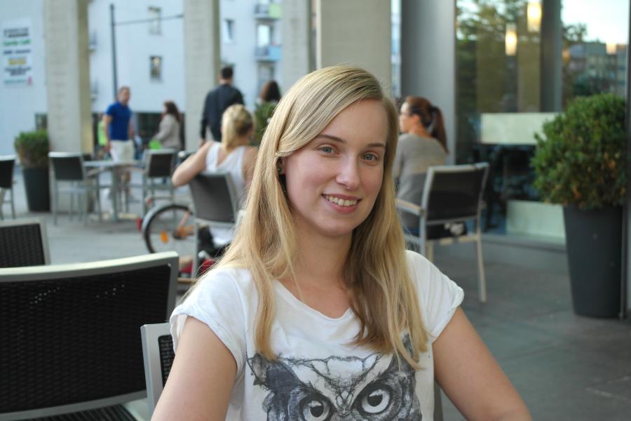 Sara Ibendahl verbringt den Sommer am liebsten auf der Oker. Foto: Jan Engelken